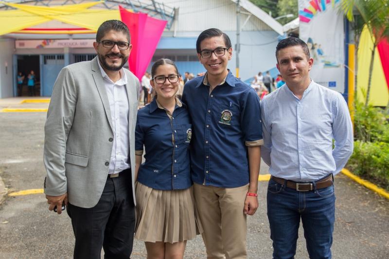 Invitados especiales del CTP Pacayas